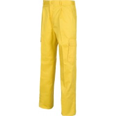 Pantalón. Elástico en cintura, multibolsillos dos bolsos laterales en perneras.B1403