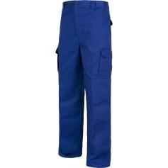 Pantalón con refuerzos en culera y rodillas, sin cintura elástica, multibolsillos.B1416