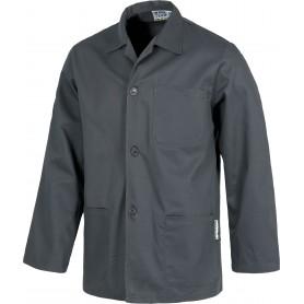 Bata corta de hombre tipo chaquetilla , un bolso en pecho y dos laterales.B7200